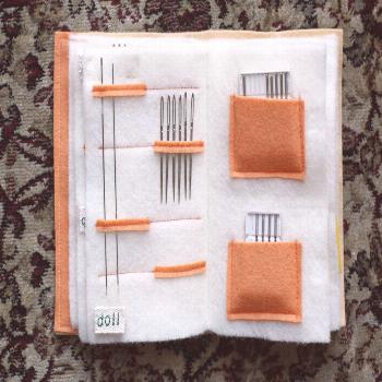 Felt Needle Book Tutorial - Making It Up as I Sew Along